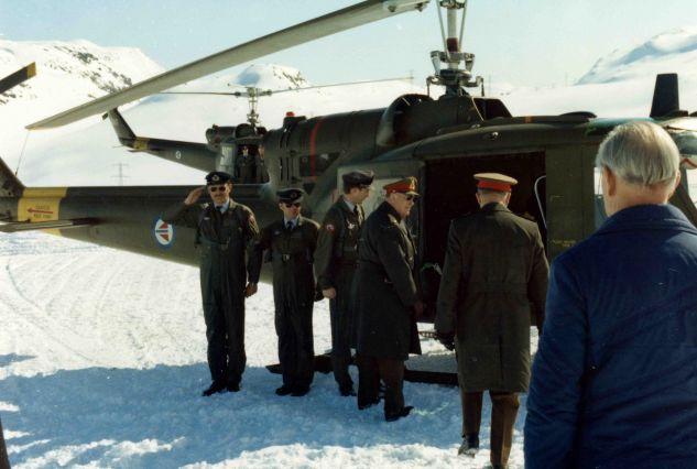 29. mars 1977: Kong Olav besøker Gaustatoppen